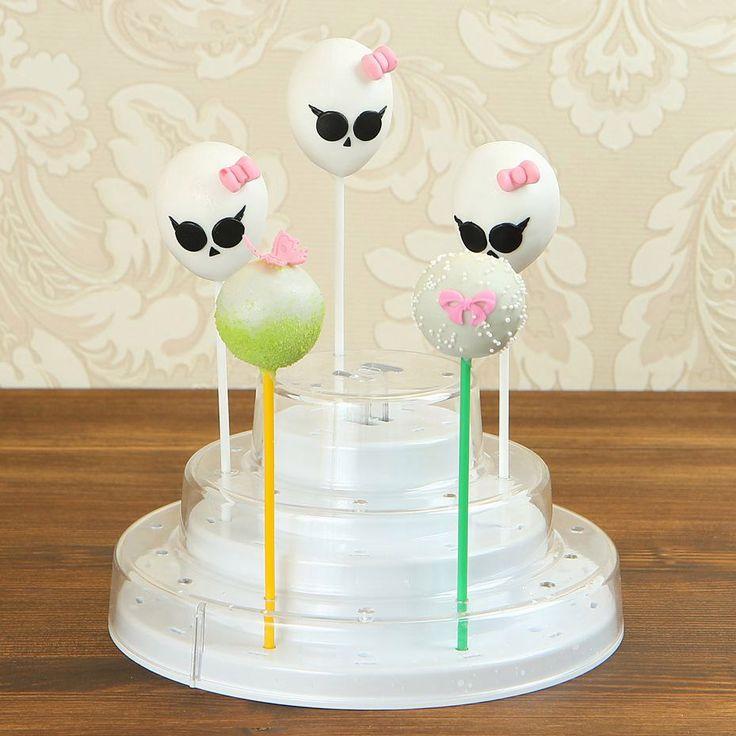 """Кейкпопсы """"Монстер Хай""""  День Рождения у Вашей девочки и вы не можете придумать чем удивить именинницу? Мы нашли отличное решение кейкпопсы #МонстерХай, которые, несомненно, станут прекрасным дополнением к торту и так же отличным угощением в детский сад, школу!  Заказать #кейкпопсы можно всего за 300₽/шт. при заказе от 6 штук либо 360₽/шт. при заказе от 1 до 5 шт. При заказе набора кейкпопсов из 10 шт. с тортиком, их стоимость всего 2400₽/наб😉  Менеджеры #Абелло готовы помочь с выбором…"""