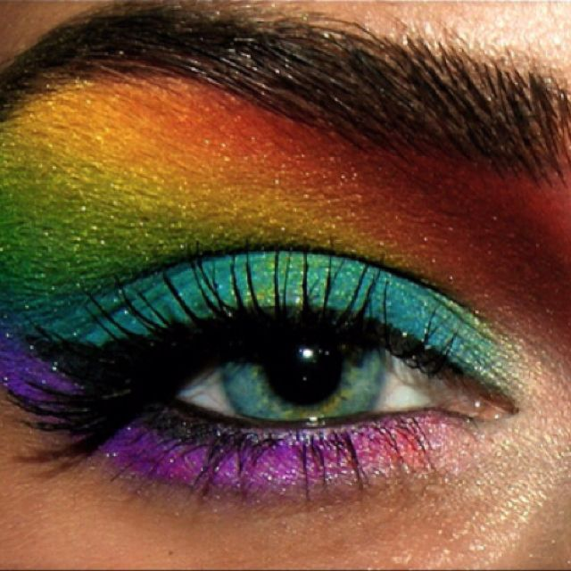 Rainbow Eye Makeup. I'd love an excuse to wear this.