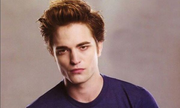 Robert Pattinson Open To Twilight Reboot - But Not With Kristen Stewart? - http://www.morningledger.com/robert-pattinson-open-to-twilight-reboot-but-not-with-kristen-stewart/1352721/