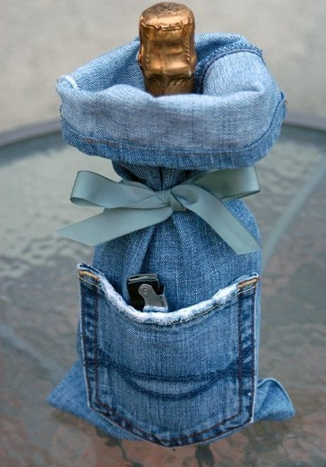 16 Awesome Crafts You Can Make With Your Old Jeans