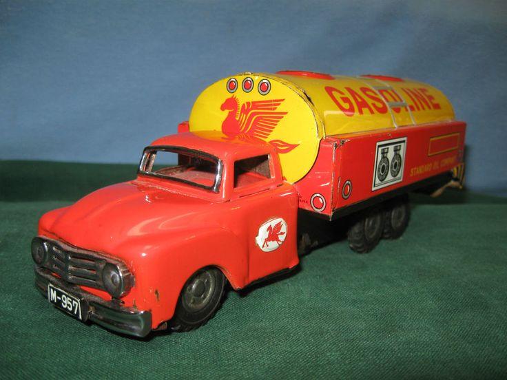 """1940s Mobil/Standard Oil Japanese Tin Toy 8 1/2"""" Long - Odd!!"""