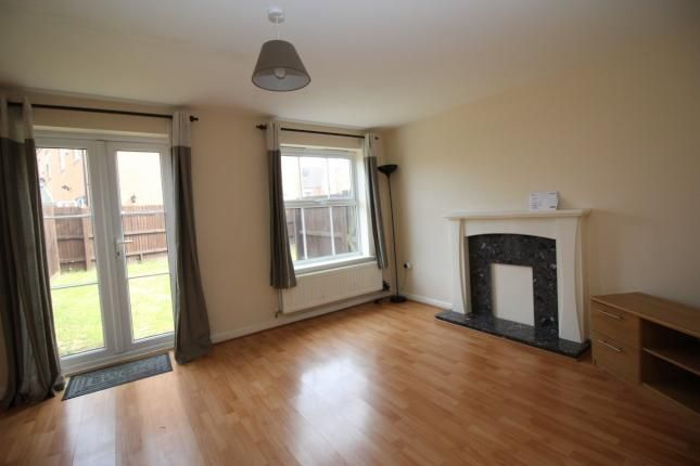 4 bed end terrace house to rent in Parsons Road, Langley