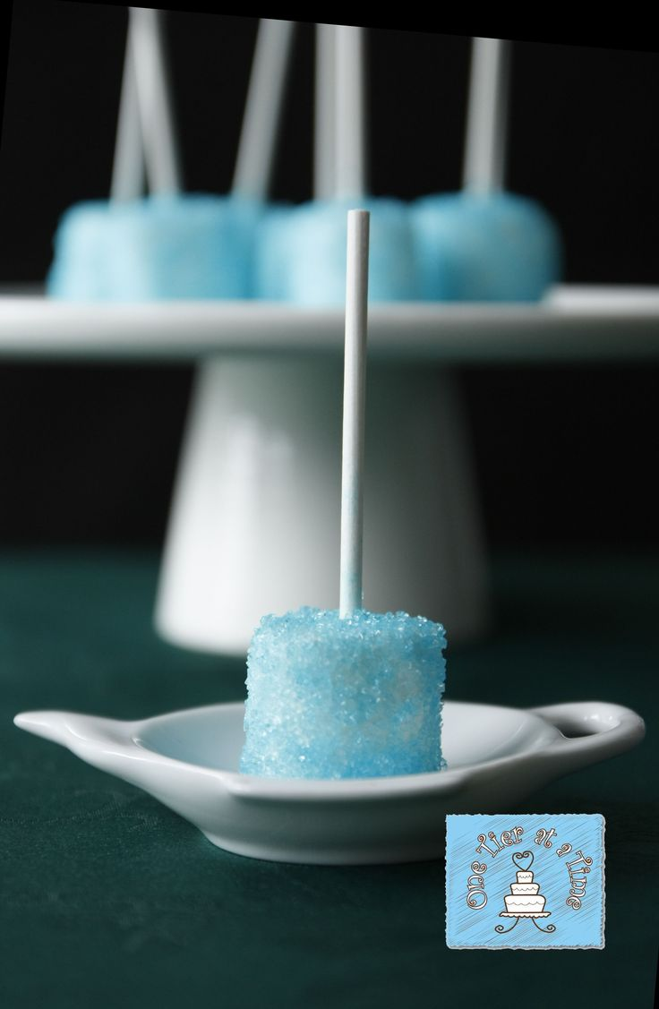 Blue sugar coated marshmallow - Frozen dessert table
