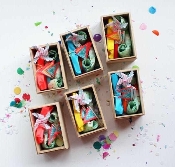 ¡Sorpresa…! Invitación para cumpleaños con kit de fiesta