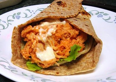 Debbi Does Dinner... Healthy & Low Calorie: Slow Cooker Buffalo Chicken Wraps