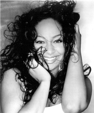 Raven Symone is sooo beautiful and talented.