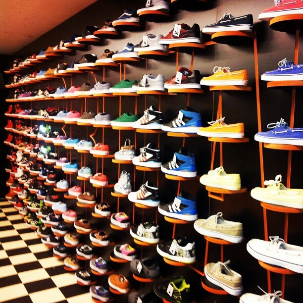 Fresh @ GO-BRITAIN Eindhoven wall off shoes!!!