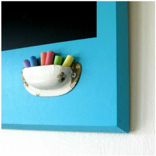 great idea for my chalkboards. Can I make this from clay?  I'm gonna try.