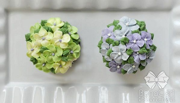 buttercream hydrangea cupcakes by Bona Ceri Floral Cakes