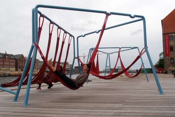 The Off-Ground installation is like a playground for adults. As adults, who lead much more hectic, responsibility-ridden lives than children, the perfect playground would be a place for rest and relaxation. But instead of taking on the semblance of a serious retreat, the Off-Ground installation is much more casual, not to mention urban.