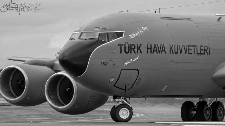 https://flic.kr/p/PjgVVW | Turkish Air Force Boeing KC135E Stratotanker 63-3567