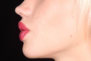 Aprende cómo dar volumen a los labios sin colágeno, inyecciones o cirugías, ¡en minutos y en casa!