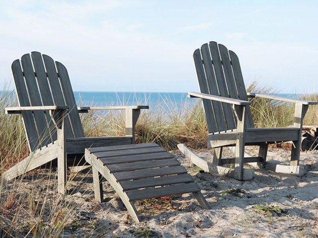 Pingl par parisienne story sur bord de mer et ambiance bois flott chaise longue jardin - Chaise bois flotte ...