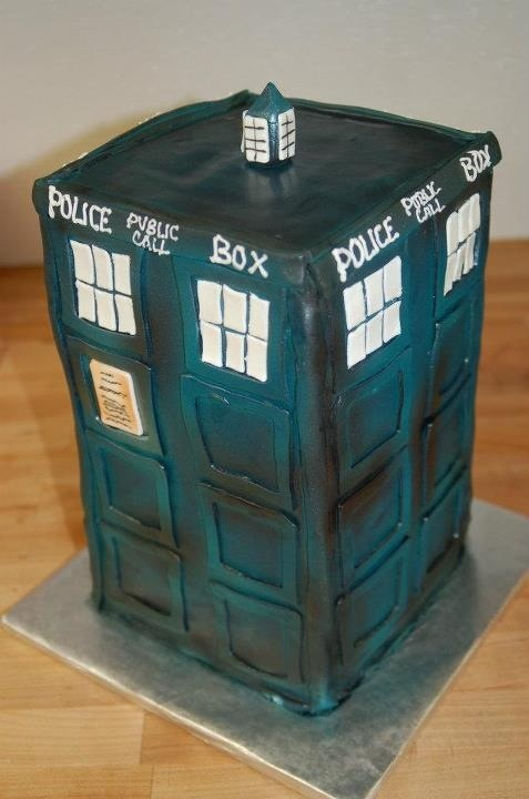 Doctor Who Tardis Cake, 16th birthday cake anyone?
