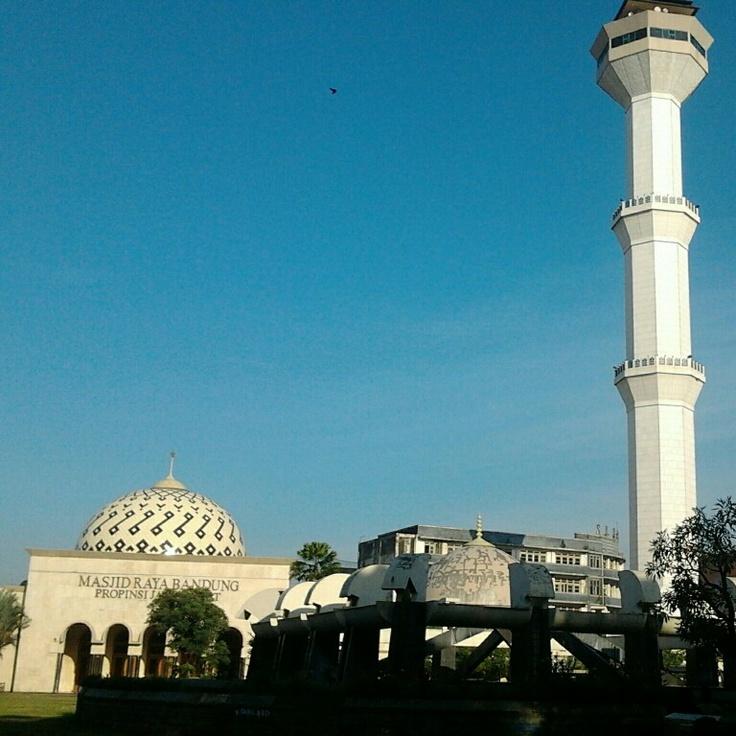 Masjid Raya Bandung, Indonesia