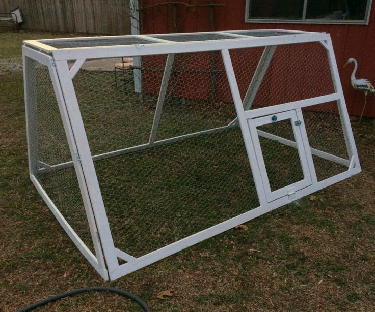 Plans for collapsible light chicken tractor