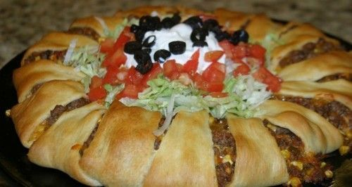 Easy Taco Ring Recipe Puts a Delicious Twist on Dinner Staple #recipes