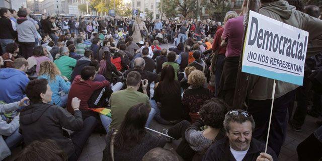 """""""Rodea el Congreso"""", también en la huelga general. Público.es"""