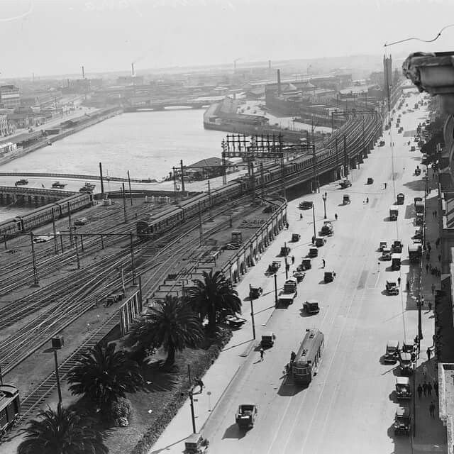 Flinders Street Railway tracks with Yarra River in the background,Melbourne in 1932.A♥W