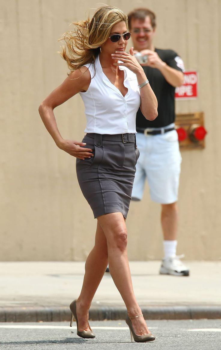 Jennifer Aniston Fashion Style