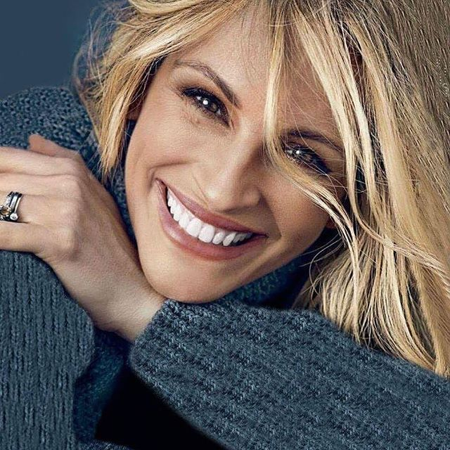 Julia Roberts Wonderful Smile ♥♥♥                                                                                                                                                                                 Plus