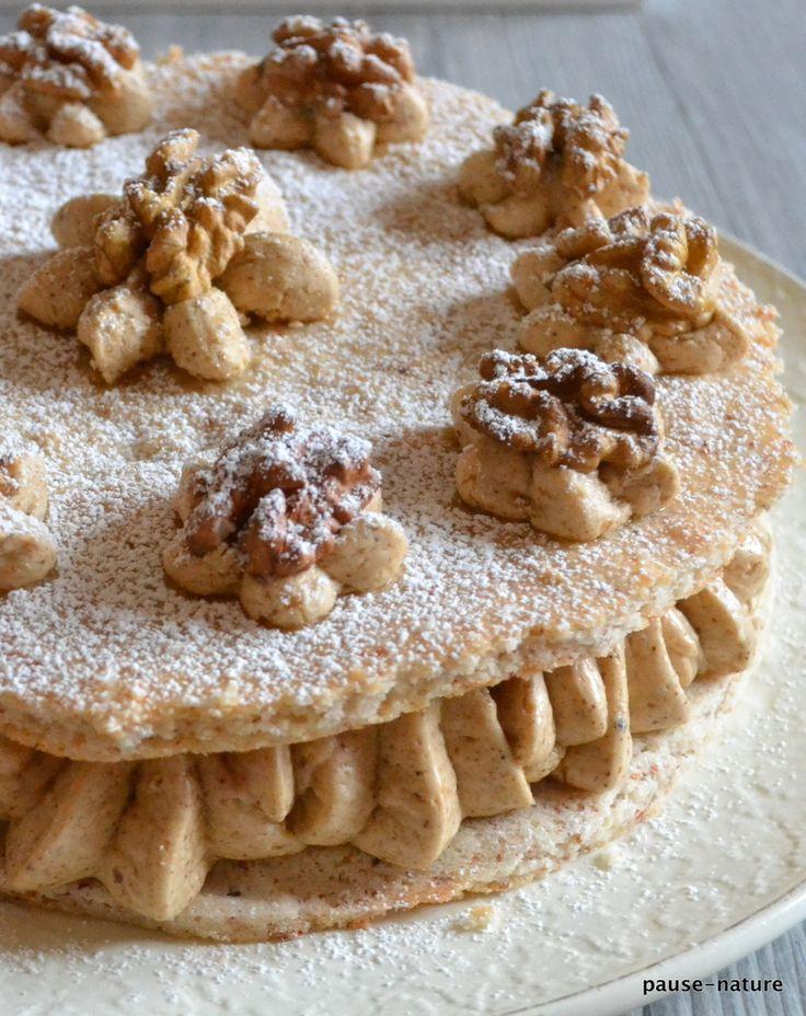 Je vous présente mon dessert de Noël, le succès aux noix que j'adore et ma fille Anaïs aussi C'est parce qu'elle voulait ce dessert pour Noël que je me suis enfin décidé à le faire. Et j'en suis trop content, un régal! A refaire donc sans hésiter. Je...