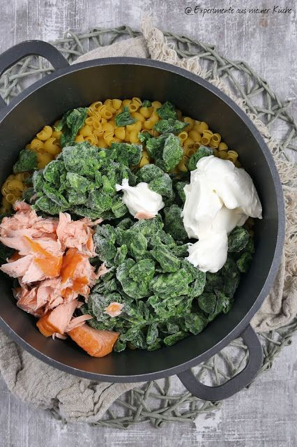 Spinat-Lachs-One Pot Pasta | Rezept | Essen | Kochen | Weight Watchers