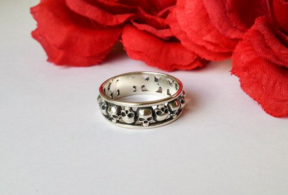 Silver Skull Band Wedding Ring by DMJewels on Etsy
