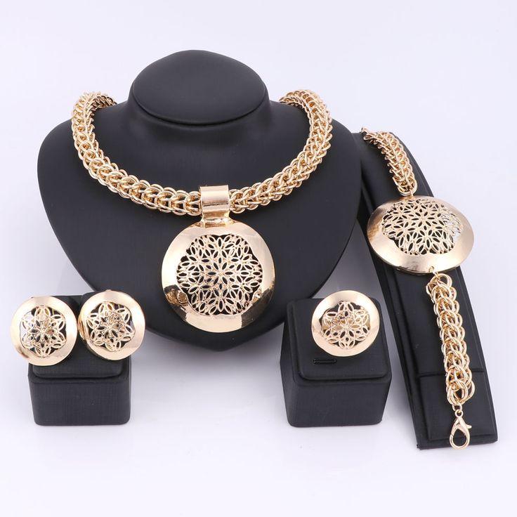 Latest Luxury Big Dubai Gold Plated Jewelry Sets Fashion Nigerian Wedding African Beads Costume Necklace Bangle Earring Ring