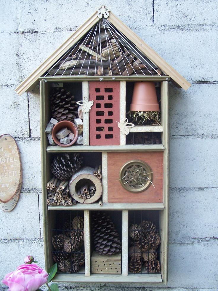 80 best jardin h tel insectes images on pinterest. Black Bedroom Furniture Sets. Home Design Ideas