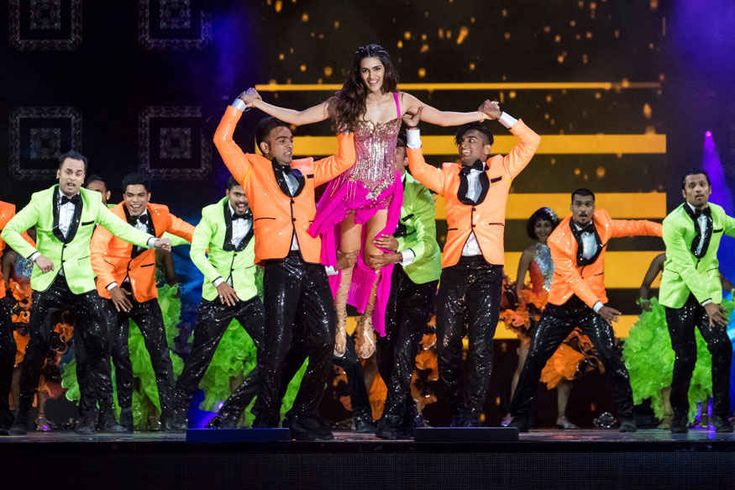 Sushant Singh Rajput and Kriti Sanon performs at the 2017 International Indian Film Academy Festival's IIFA Awards at MetLife Stadium on Saturday, July 15, 2017, in East Rutherford, N.J.