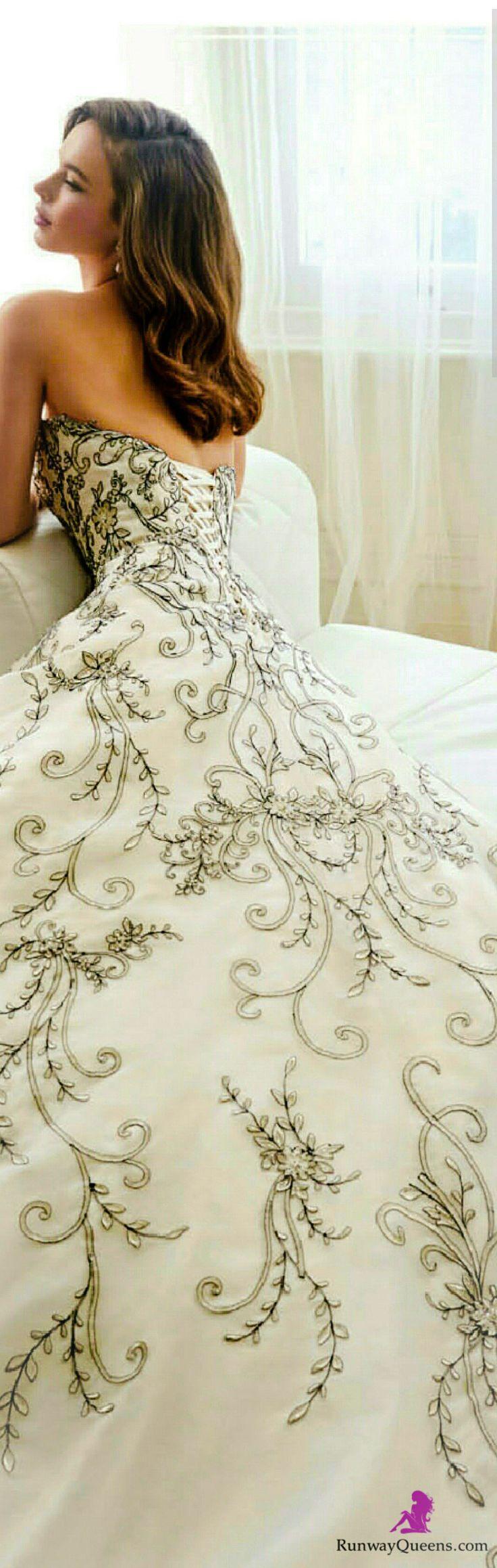 Sophia Tolli, 2017, Bridal, Embroidery