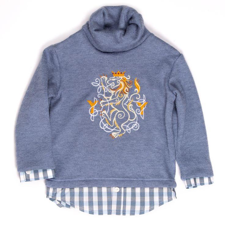Cardigan Теплый трикотажный джемпер с оригинальным воротником, красивой вышивкой в виде геральдического льва и имитацией, одетой под него рубашки #yumekidswear #yume #yumemoda #fashion #kids #дизайн #мода #дети #одежда #style #russia #fasionkids