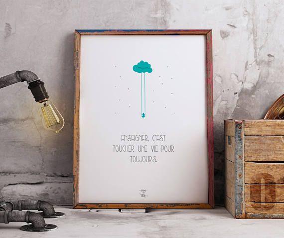 Enseigner, cest toucher une vie pour toujours. Affiche à télécharger et à imprimer **Version imprimé en pré-commande > www.etsy.com/ca-fr/listing/529340067 Le cadeau idéal pour professeur, comme cadeau de remerciement de fin dannée scolaire. Rehausser le décor avec cette affiche au design simple, épuré et inspirante! En BONUS : Étiquette-cadeau personnalisable. Votre commande inclus: 3 images numériques imprimables de haute qualité de laffiche. (300 DPI - Convient pour...