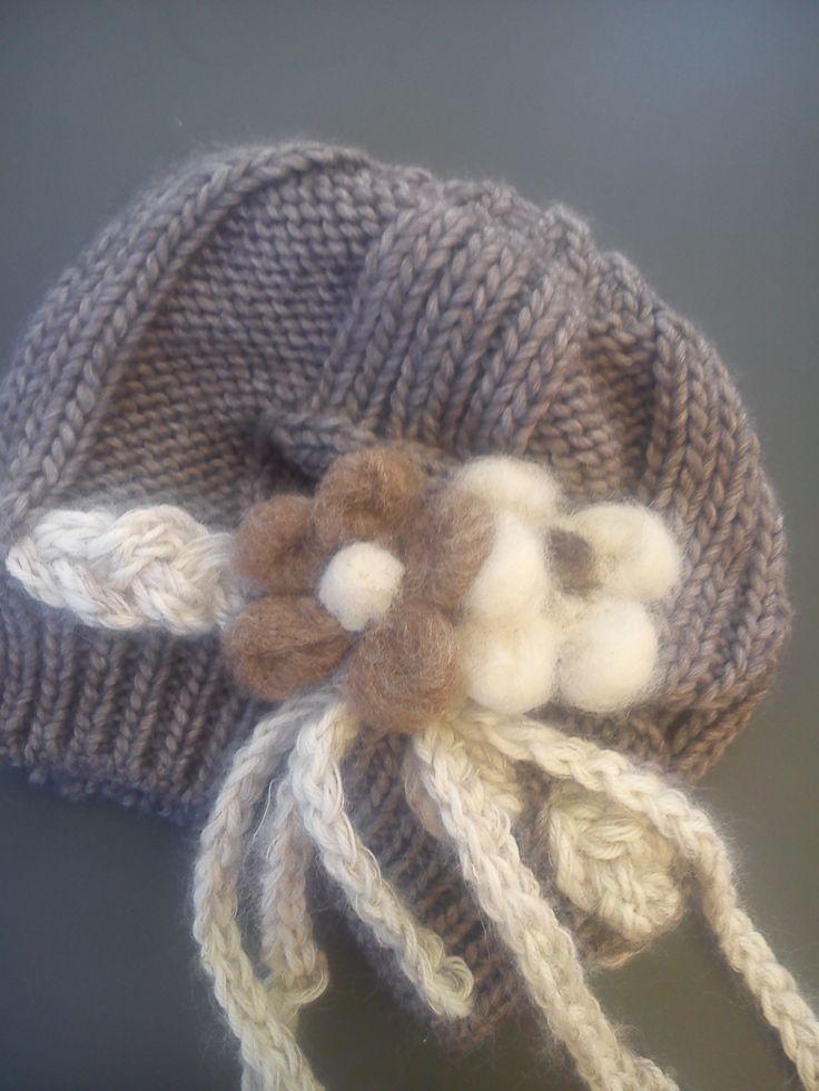 cappello fiori lana cotta