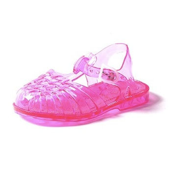 Each pair of baby jelly shoes have a solid color outsole, straps and flower. Baby sandals have a sparkle foot bed. Glitter is melted into the jelly material so it will not flake off over time.
