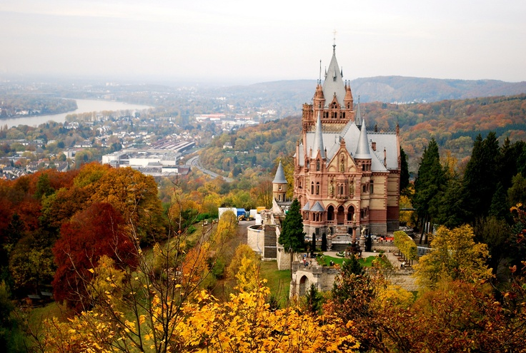 Замок Драхенбург // Schloss Drachenburg