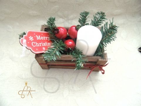 Handmade Christmas table decor-πιατελα στολισμενη