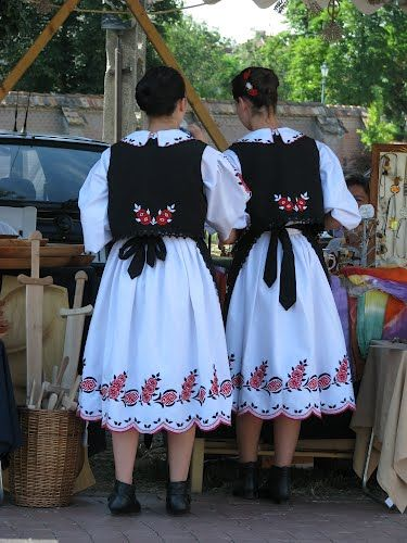 Panoramio - Photos by nc evab > Gyula népviselet, folk art, tradition, Hungary Békés County