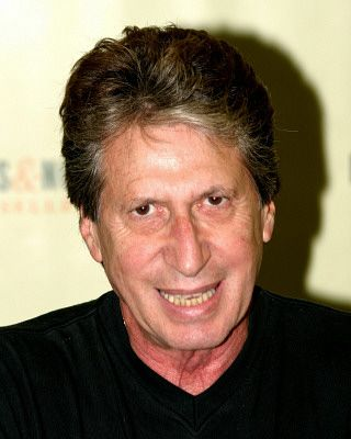 R.I.P. to native Philadelphian and comedian David Brenner (February 4, 1936 – March 15, 2014). You were a really funny guy and for many years I enjoyed your humor and wit. You will be greatly missed!