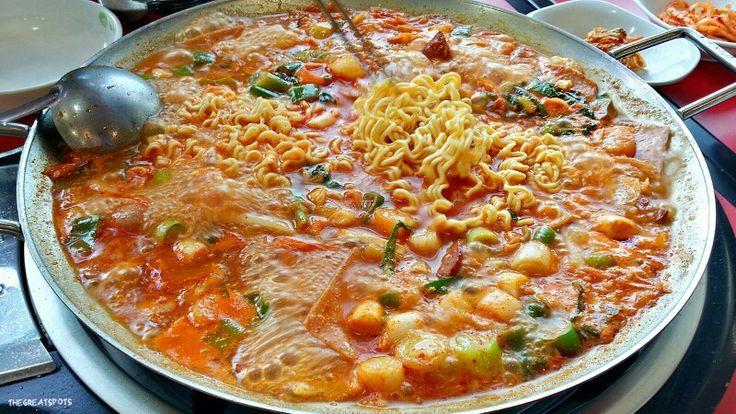 매운 어묵 spicy fish cake korean favorite snack fish cake look at ...