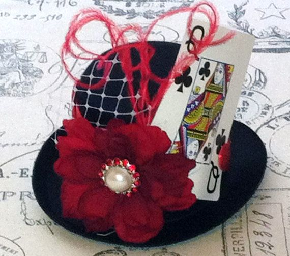 how to make a queen of hearts hat
