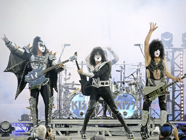 KISS and Def Leppard announce summer tour, playing Boardwalk Hall and Susquehanna Bank Center