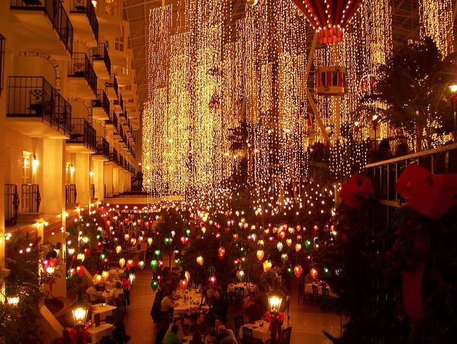 027: Opryland Hotel, Christmas 2008, via Flickr.