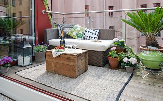 8-stylowych-pomyslow-jak-urzadzic-balkon-A-moze-dywan