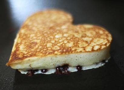 chocolate chip pancakes chip banana pancakes 165 02 heart shaped ...