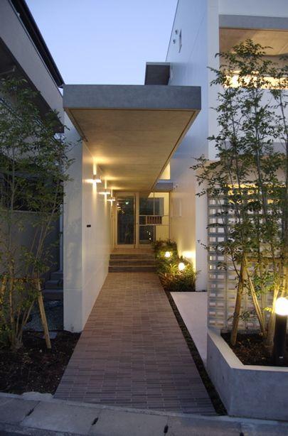 西宮の住宅 オーナー住居+賃貸マンション/エントランス 住宅設計なら大阪の建築設計事務所【Coo Planning】へ。