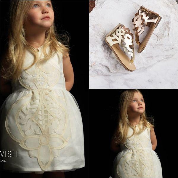 Βαπτιστικό Αρχαιοελληνικό φόρεμα ''Artemis'' συνδυασμένο με αρχαιελληνικά σανδάλια ''Kariatis''!!! Ανακαλύψτε τις δημιουργίες των εταιρειών αυτών! http://angelscouture.gr/index.php…