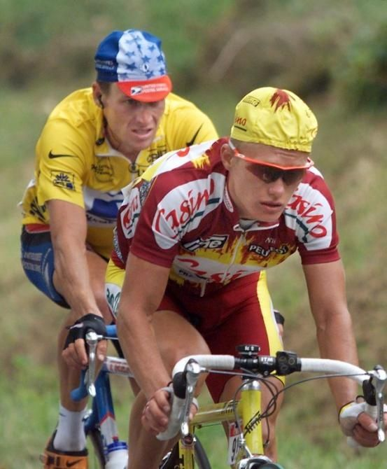 TdF 1999_Alexandre Vinokourov devant Lance Armstrong (Google.ca)