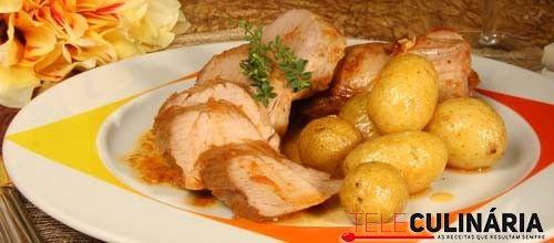 Lombinho de porco preto assado no forno, uma refeição reconfortante .